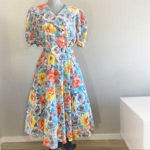 Vintage floral 80s does 50s circle skirt dress